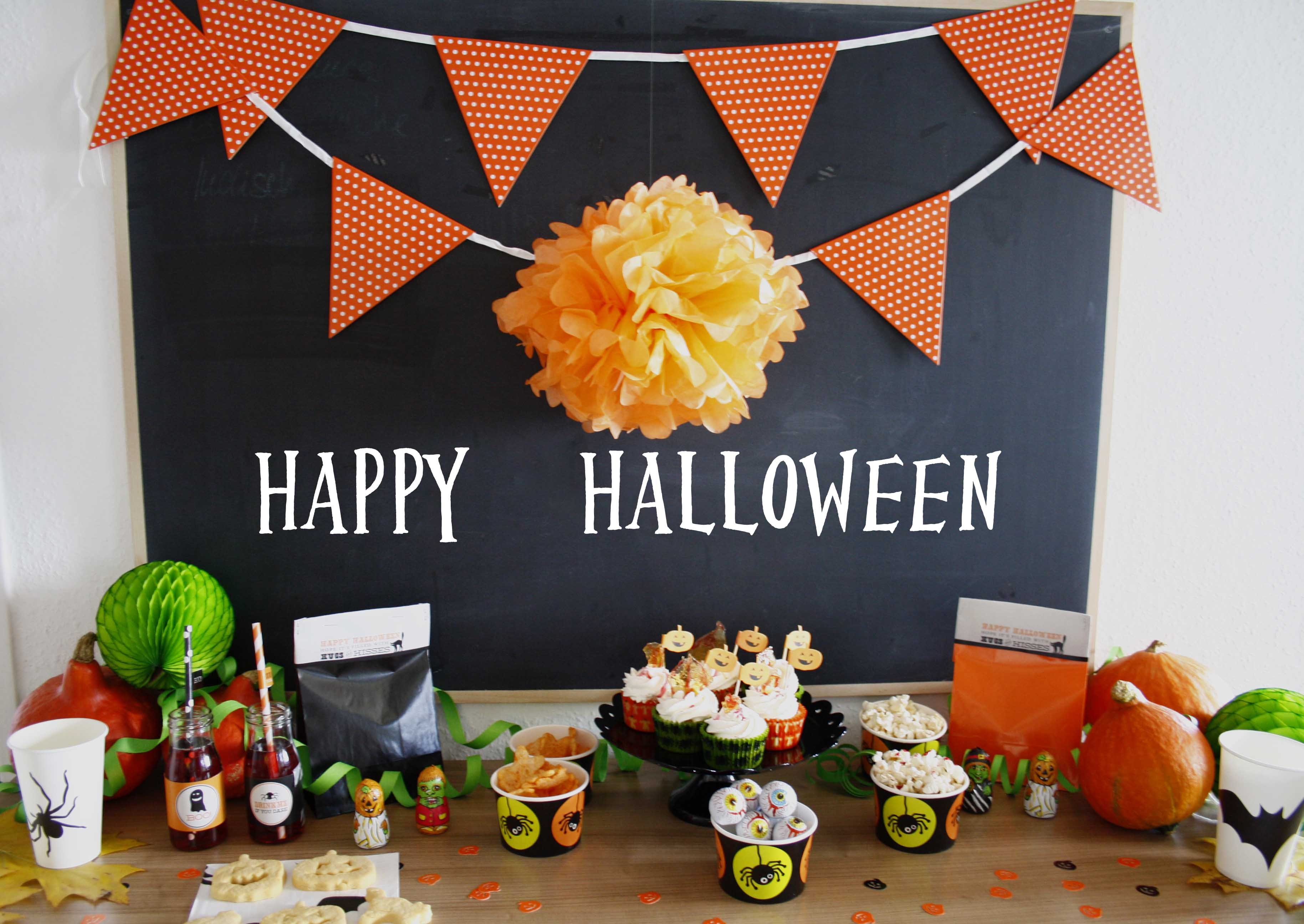 Halloween Party by http://babyrockmyday.com/halloweenparty/