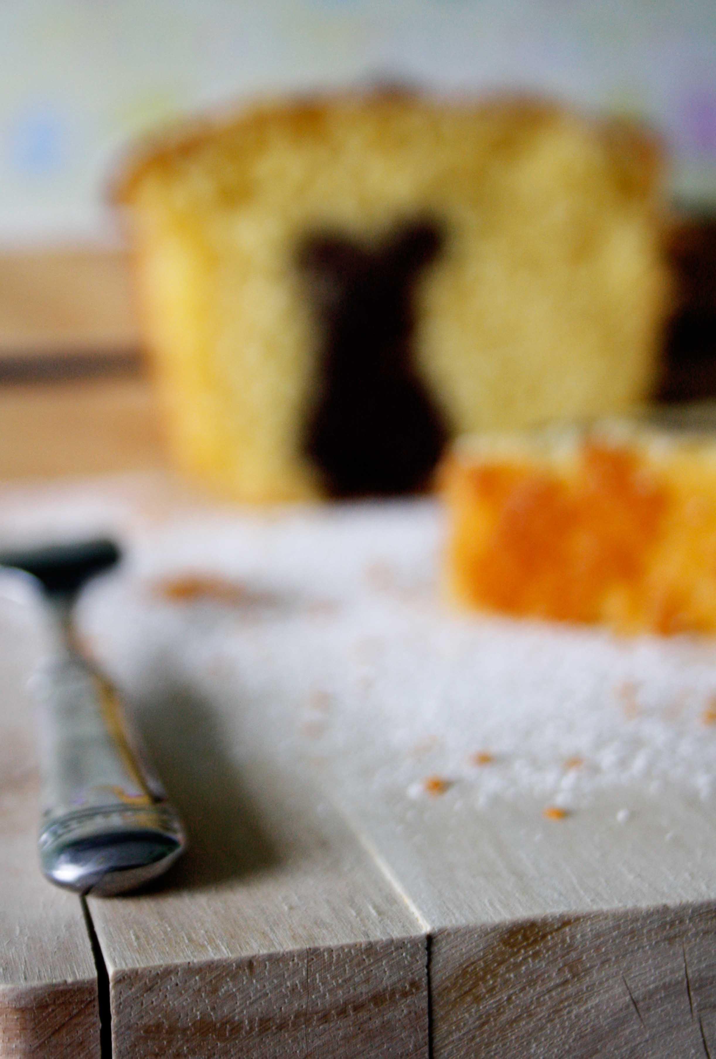 Orangen Marmorkuchen // Marble cake with orange by http://babyrockmyday.com/orangen-marmorkuchen/
