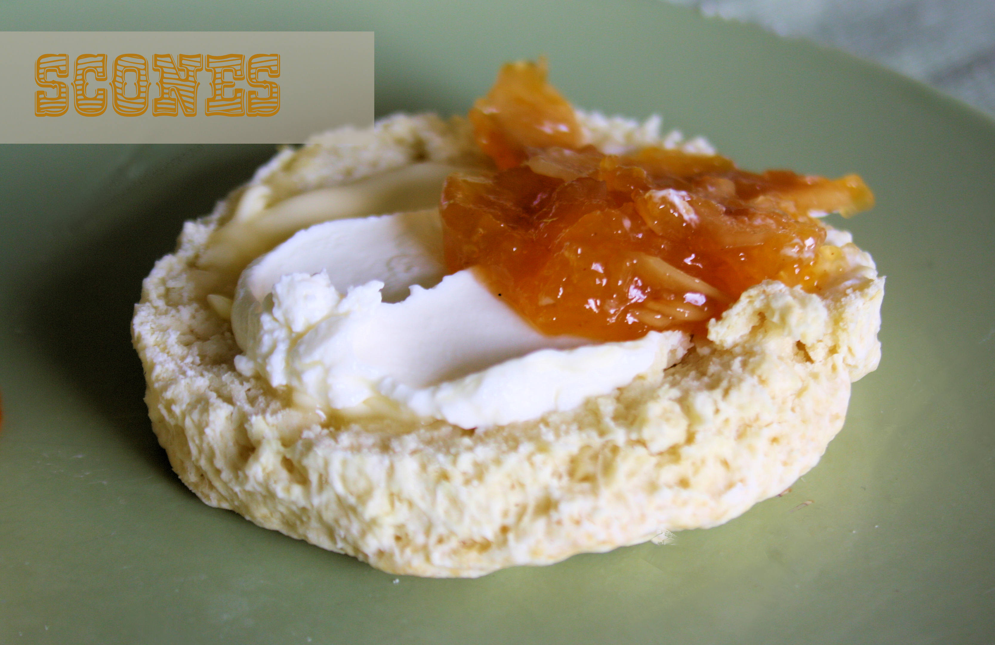 Frühstück mit Scones // http://babyrockmyday.com/get-in-the-mood-with-scones/