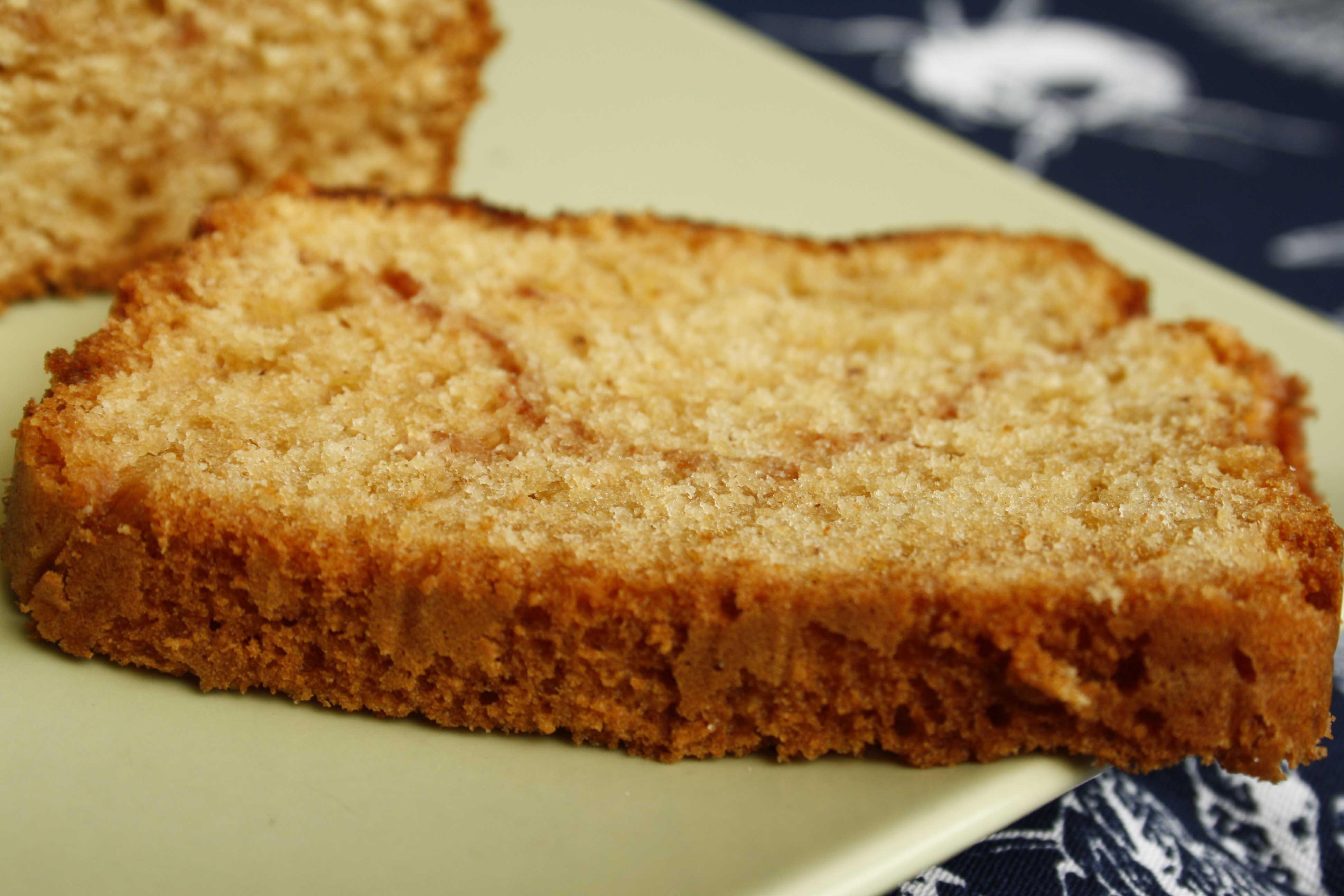 Zimt-Tee-Brot // Cinnamon-Sugar-Crust Cinnamon-Ribbon-Bread by http://babyrockmyday.com/zimt-tee-brot/