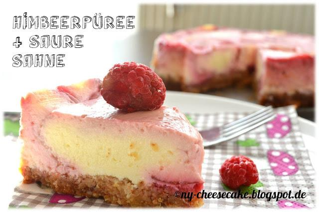 Cheesecake mit Himbeere und saurer Sahne