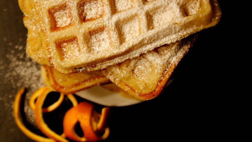 Waffeln // Waffles by http://babyrockmyday.com/waffeln/