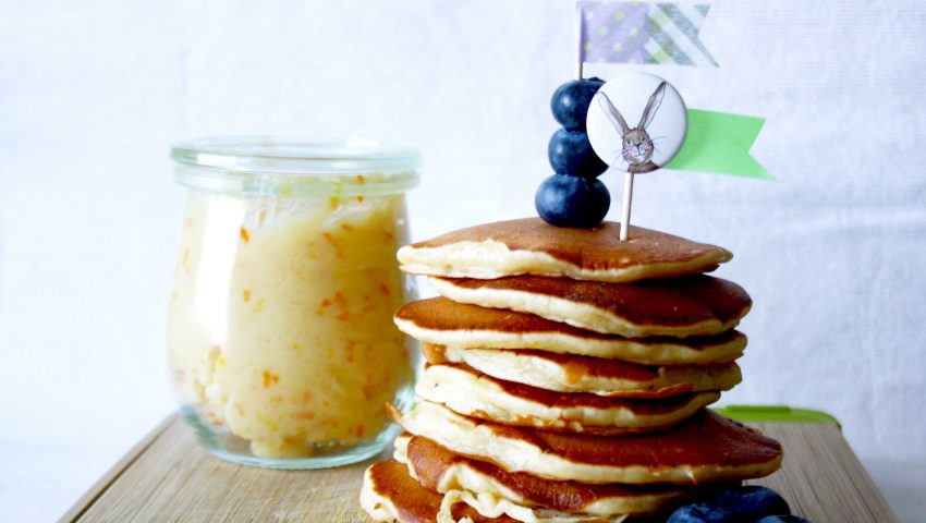 Pancakes mit Orangen- und Zimtbutter // Pancakes with Orange- and Cinnamon-Butter by http://babyrockmyday.com/pancakes-von-donna-hay/