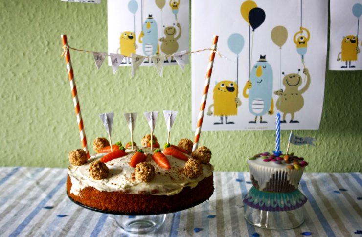 Möhrenkuchen // Carrot Cake by http://babyrockmyday.com/moehrenkuchen/