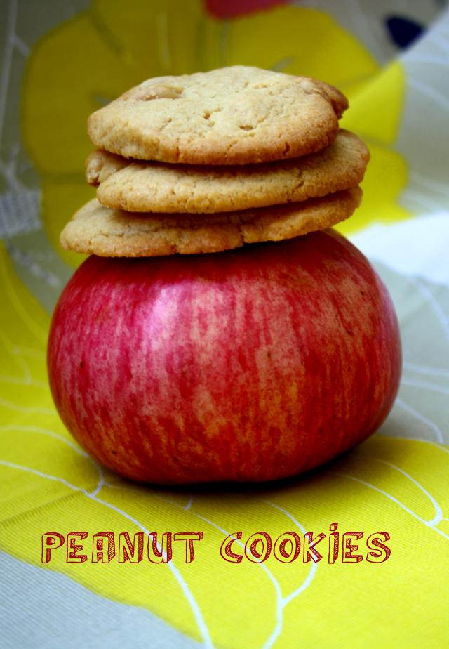 Peanut-Cookies by https://babyrockmyday.com/peanut-cookies/