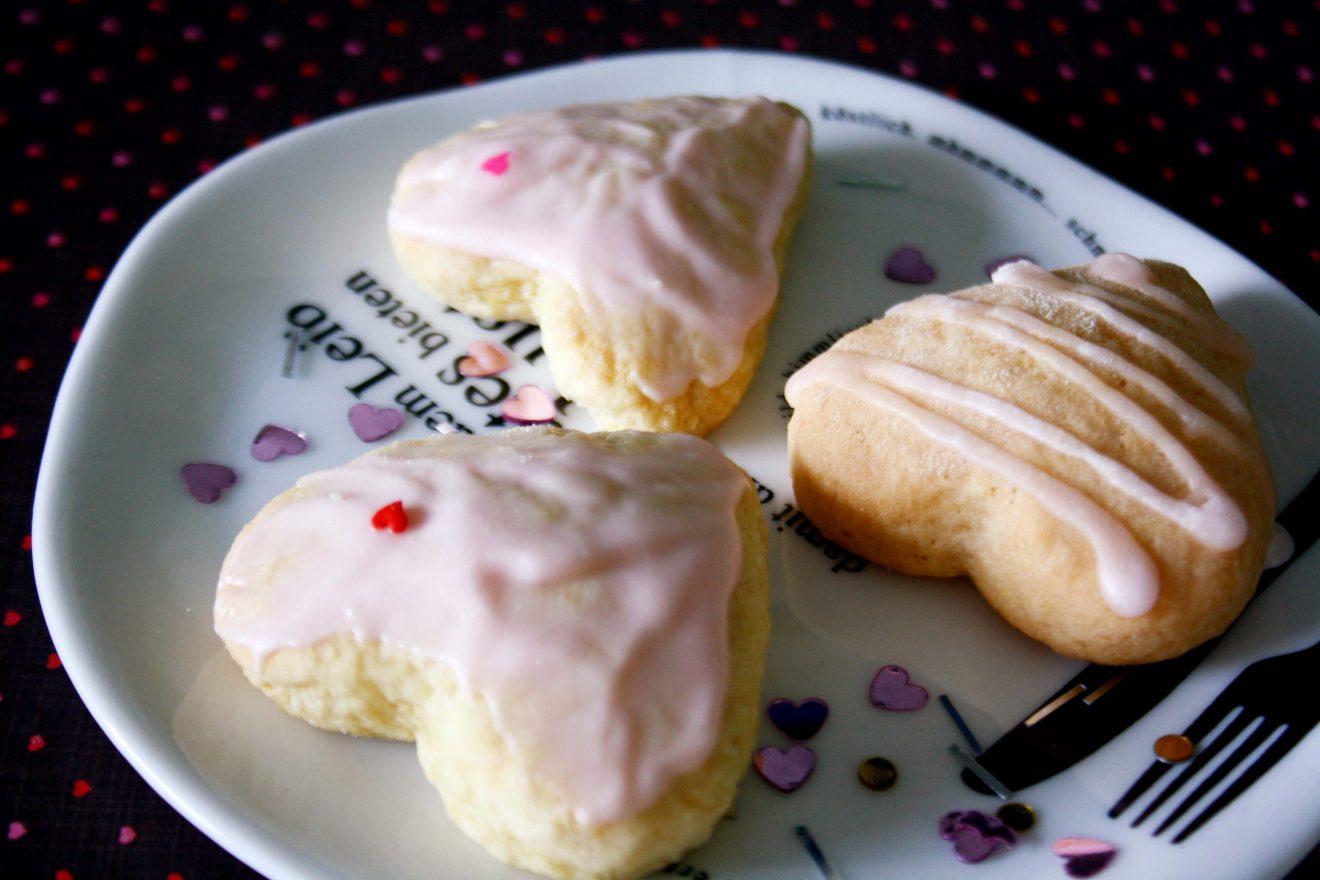 Happy Valentinstags-Gedöns mit Herz-Cookies