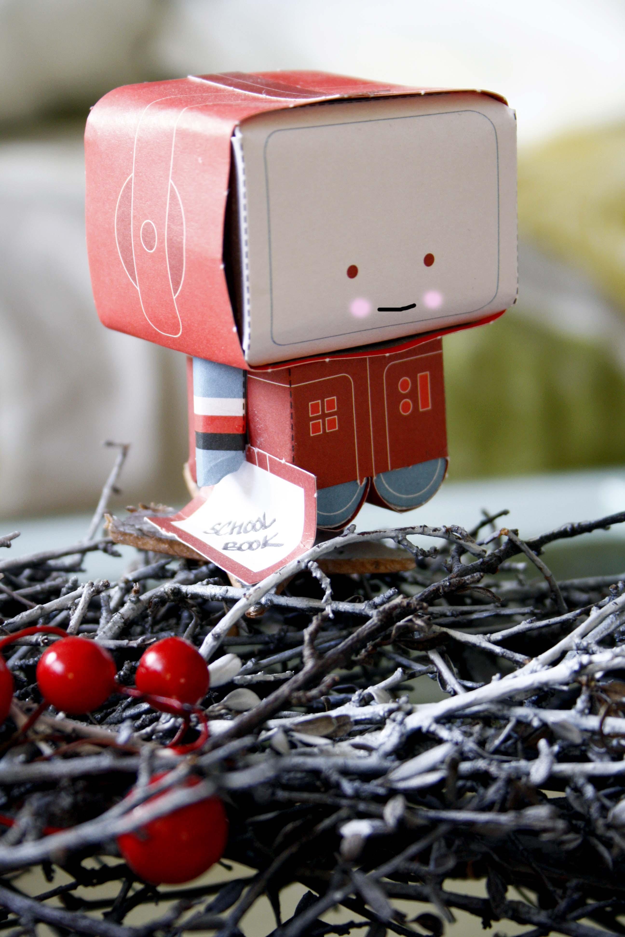 Paper Robots Nick Knite