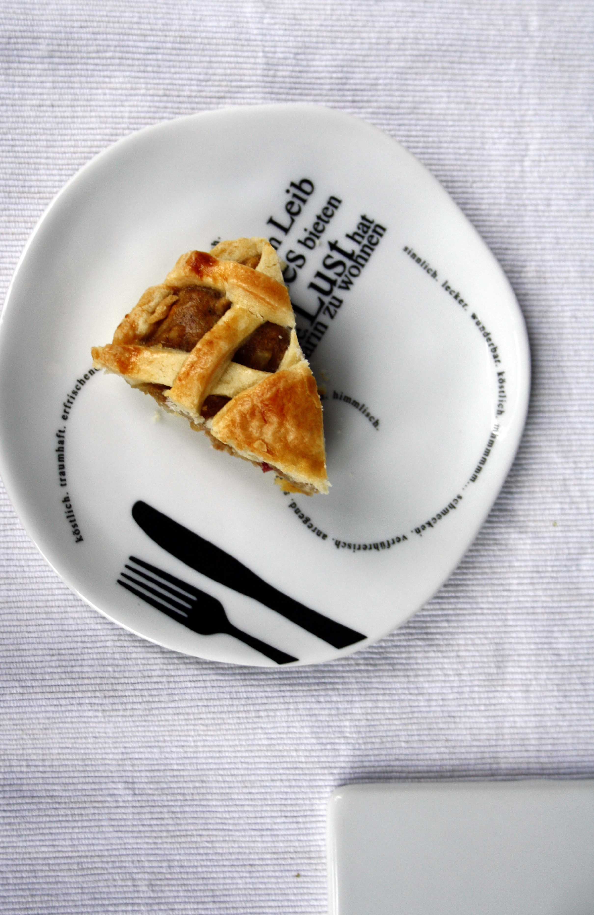 Apple-Pie-Pastete // Apple Pie by http://babyrockmyday.com/apple-pie-pastete/