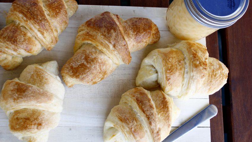 Croissants by http://babyrockmyday.com/croissants/