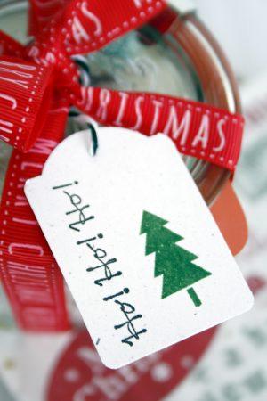 Tipps für Weihnachten: Schnelles Last Minute DIY Plätzchen verpacken // DIY Cookie Wrapping for xmas by https://babyrockmyday.com/tipps-fuer-wei…ast-minute-diy/