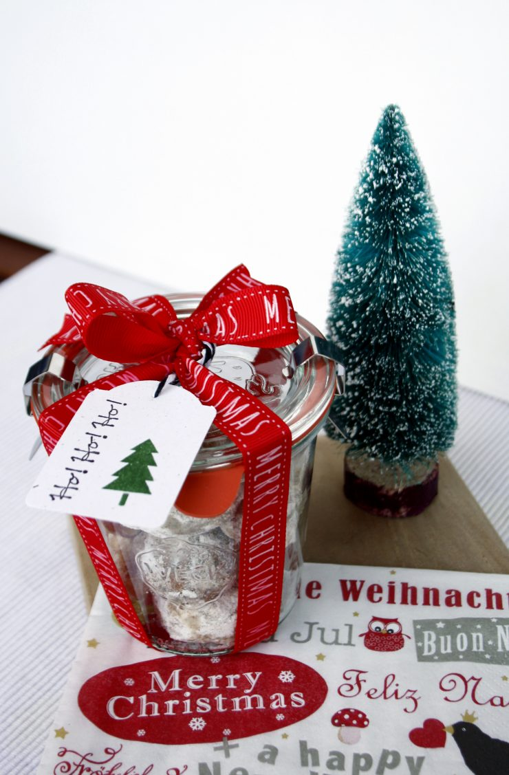Tipps für Weihnachten: Schnelles Last Minute DIY Plätzchen verpacken // DIY Cookie Wrapping for xmas by http://babyrockmyday.com/tipps-fuer-wei…ast-minute-diy/