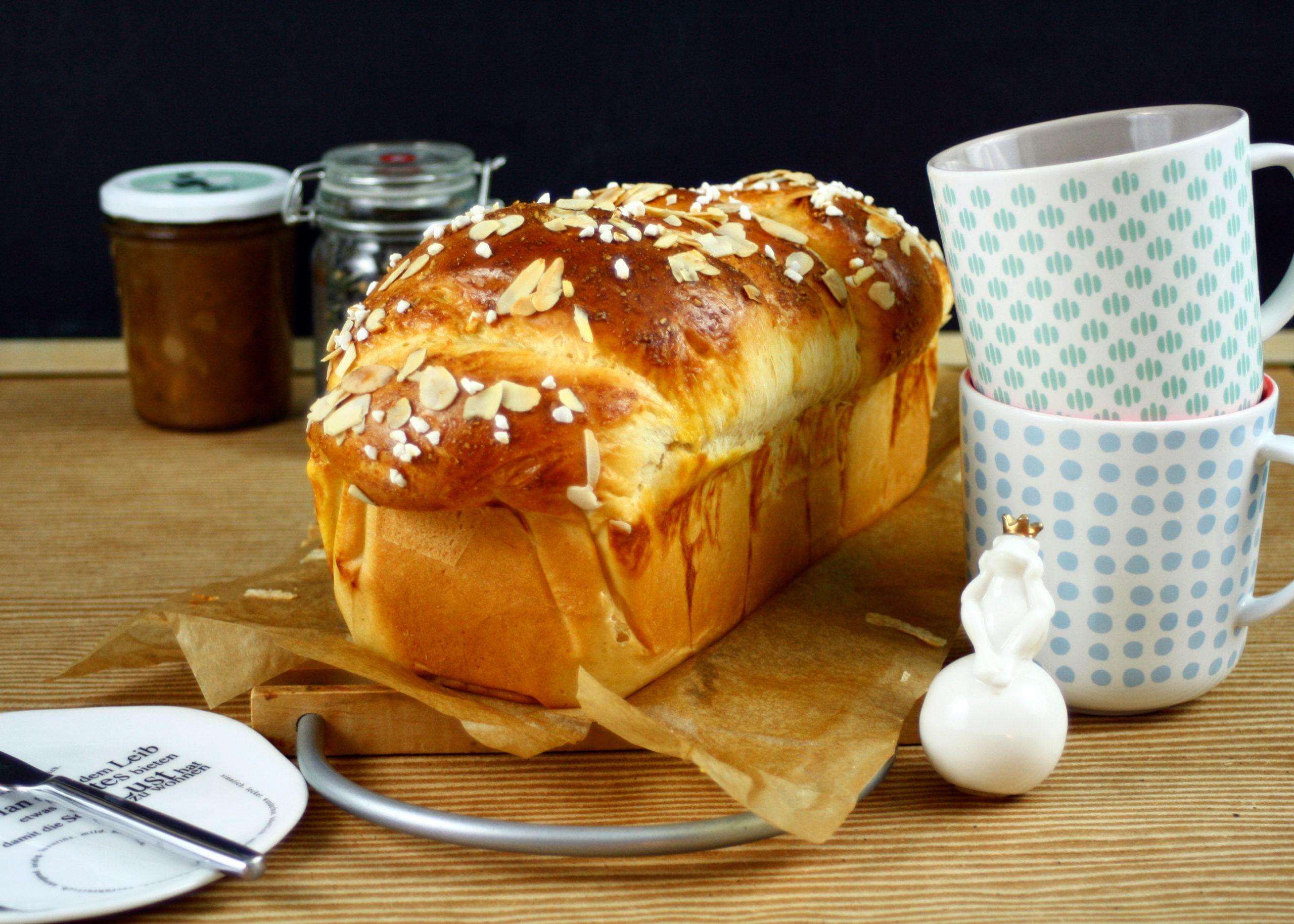 Frühstücks Brioche // Breakfast Brioche by http://babyrockmyday.com/fruehstuecks-brioche/