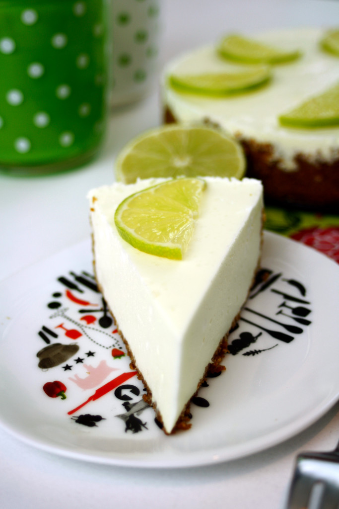 Half Bake Lemon Cheesecake by  http://babyrockmyday.com/half-baked-lemon-cheesecake/
