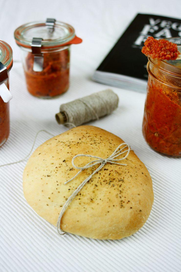 Kräuter Pita Brot // Pita Bread with herbs