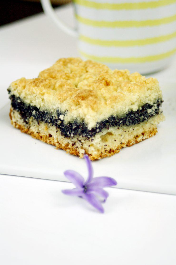 Mohn-Streusel-Kuchen // Poppy Seed cake