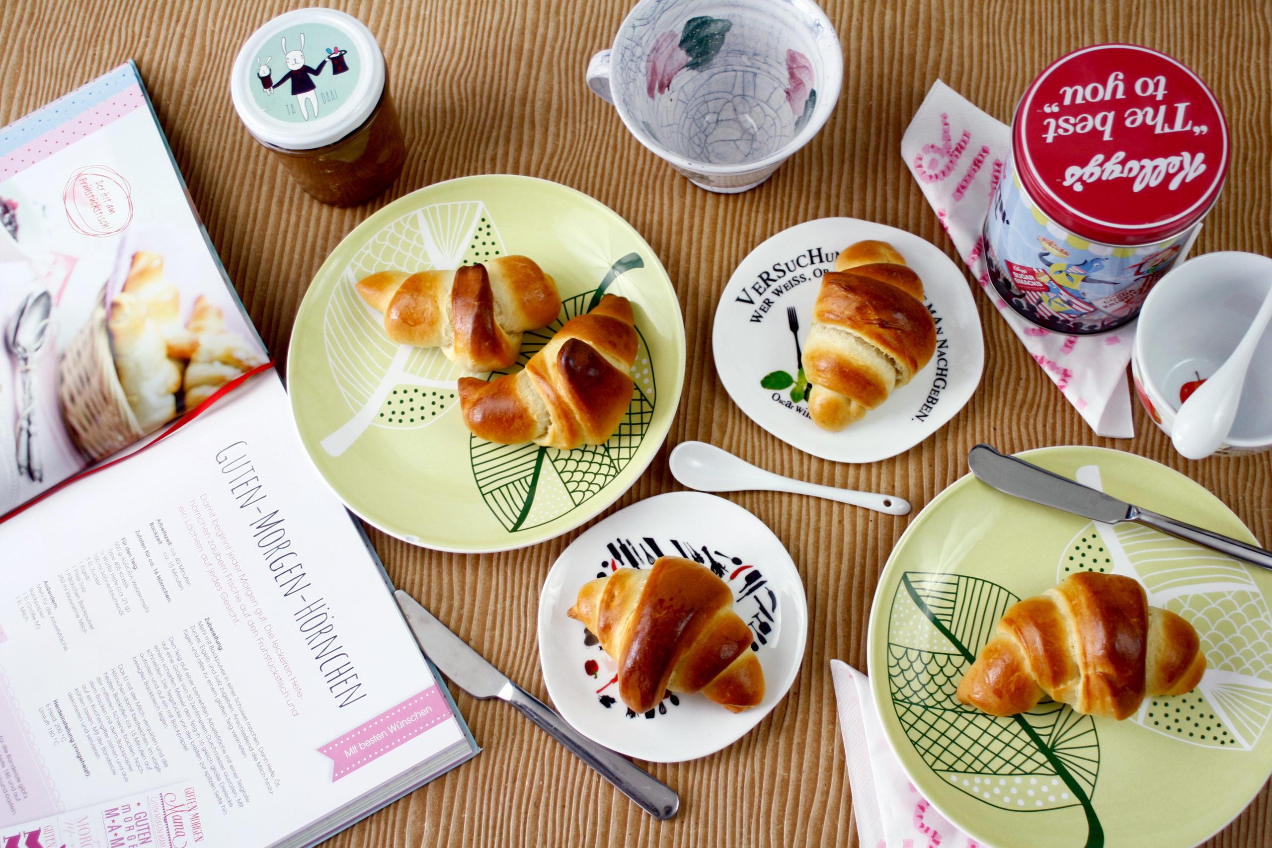 Frühstückshörnchen // Breakfast Rolls by http://babyrockmyday.com/fruehstueckshoernchen/ 