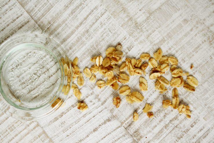 Granola mit Nüssen // Granola with Nuts