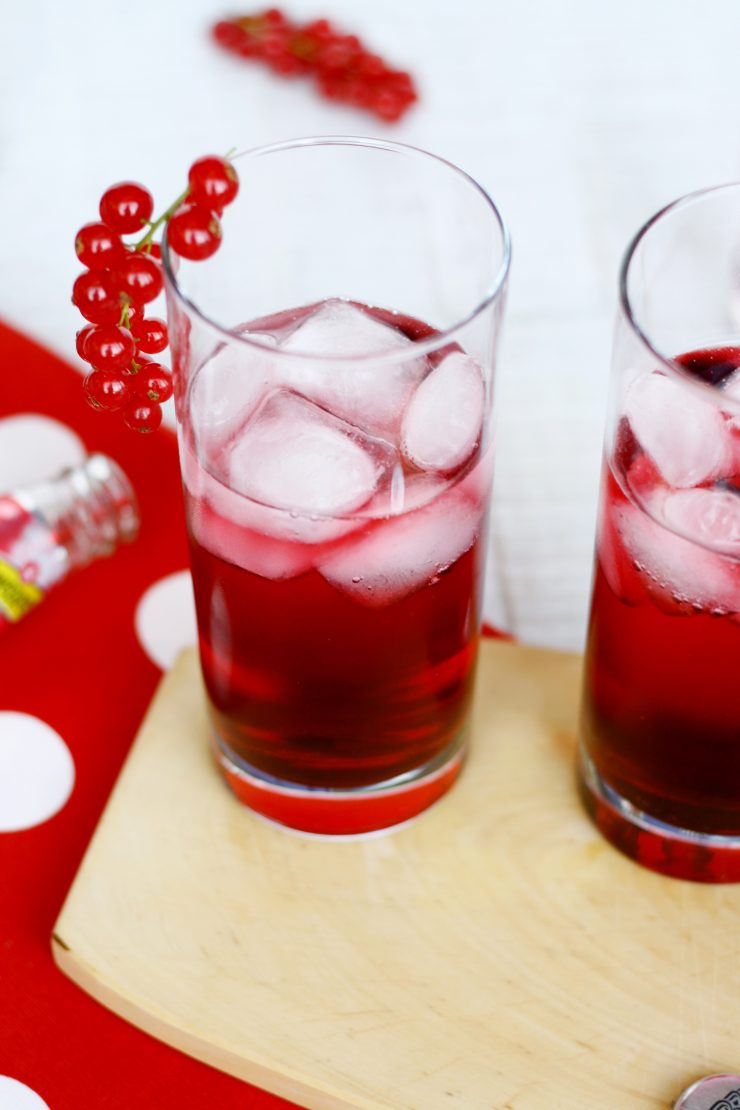 Autumn Wild Berry Drink by http://babyrockmyday.com/autumn-wild-berry/