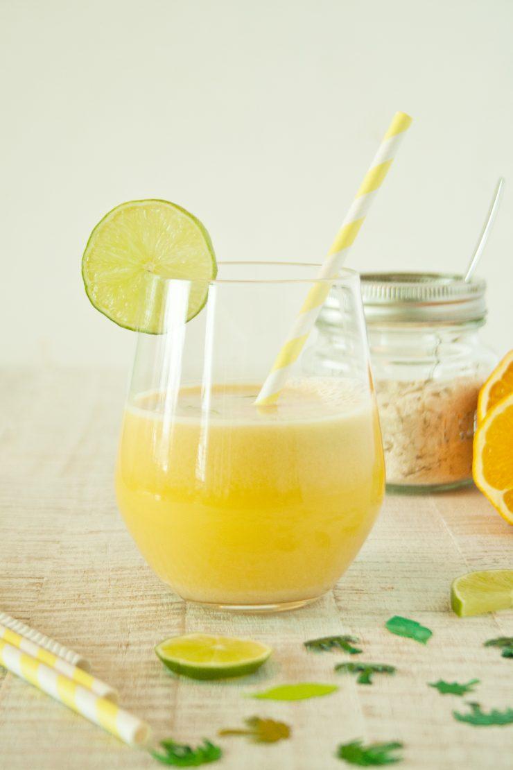 Frühstücksdrink // Healthy Breakfast Drink by http://babyrockmyday.com/fruehstuecksdrink/