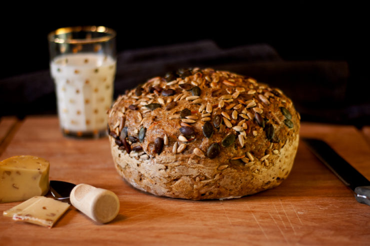 Dreikernbrot // Selfmade Bread with triple seeds by http://babyrockmyday.com/dreikernbrot/