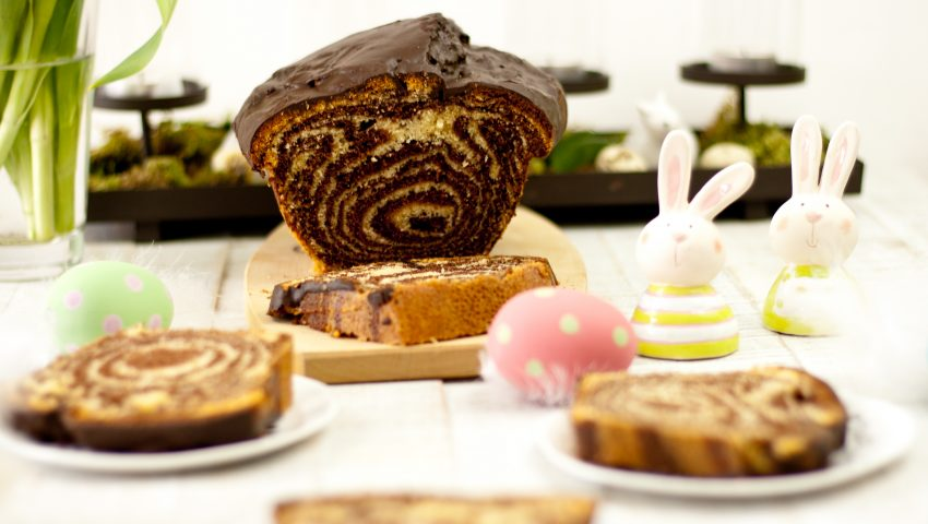 Zebra Sandkuchen // Zebra Cake by http://babyrockmyday.com/zebra-sandkuchen/