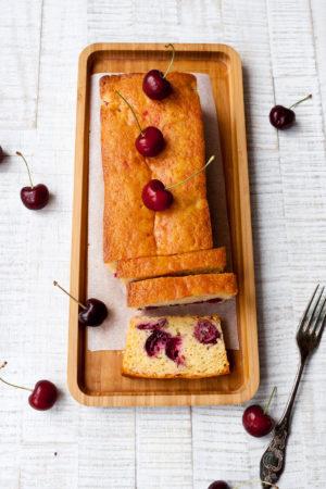 Kirschkuchen // Cherry Pie by http://babyrockmyday.com/kirschkuchen/