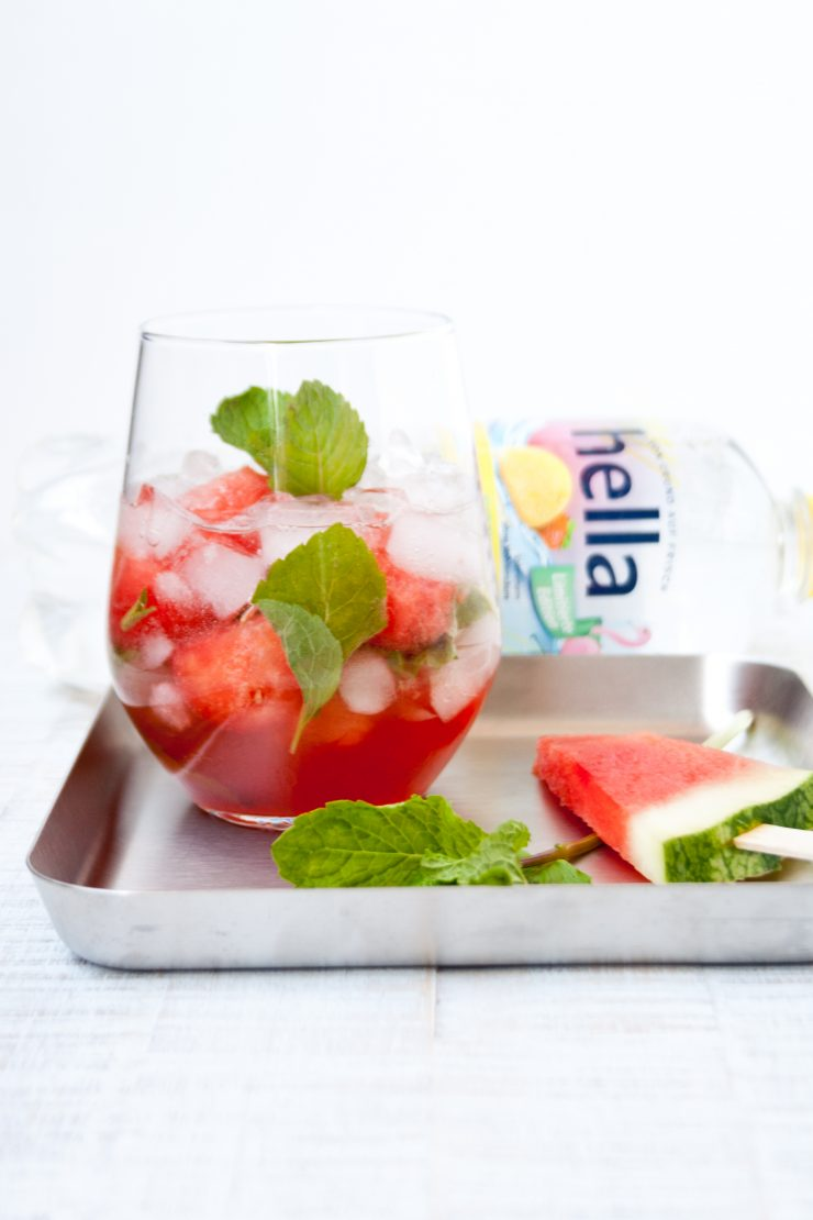 Sommerparty mit Melon Cooler und Melonensalat // Melon Cooler Drink and a melon salad by http://babyrockmyday.com/sommerparty-melo…ler-melonensalat/