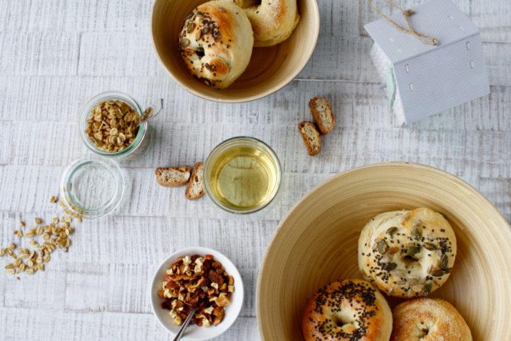 Bagels zum Frühstück // Bagels for Breakfast by http://babyrockmyday.com