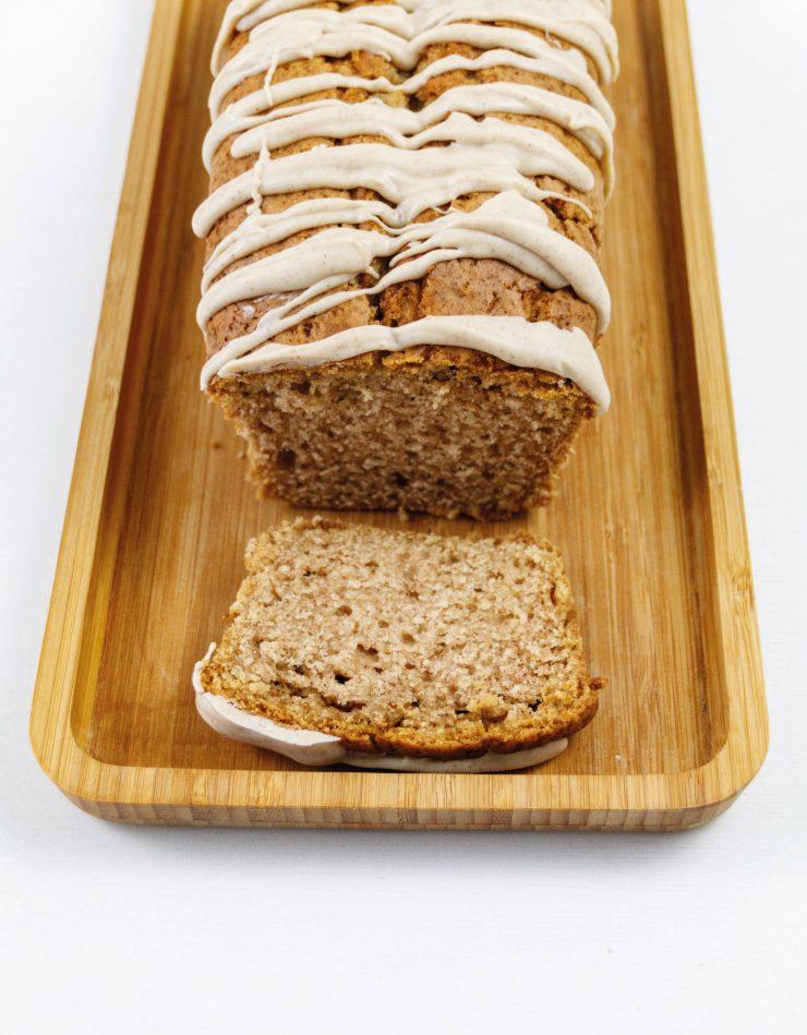 Zimtkuchen // Cinnamon Cake by http://babyrockmyday.com/zimtkuchen/