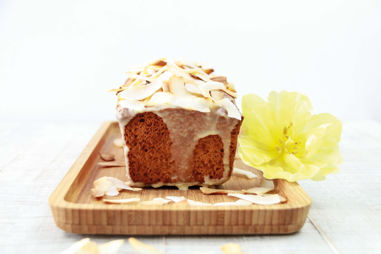 Ananas Kokoskuchen // Pineapple Coconut Cake by http://babyrockmyday.com/ananas-kokoskuchen/