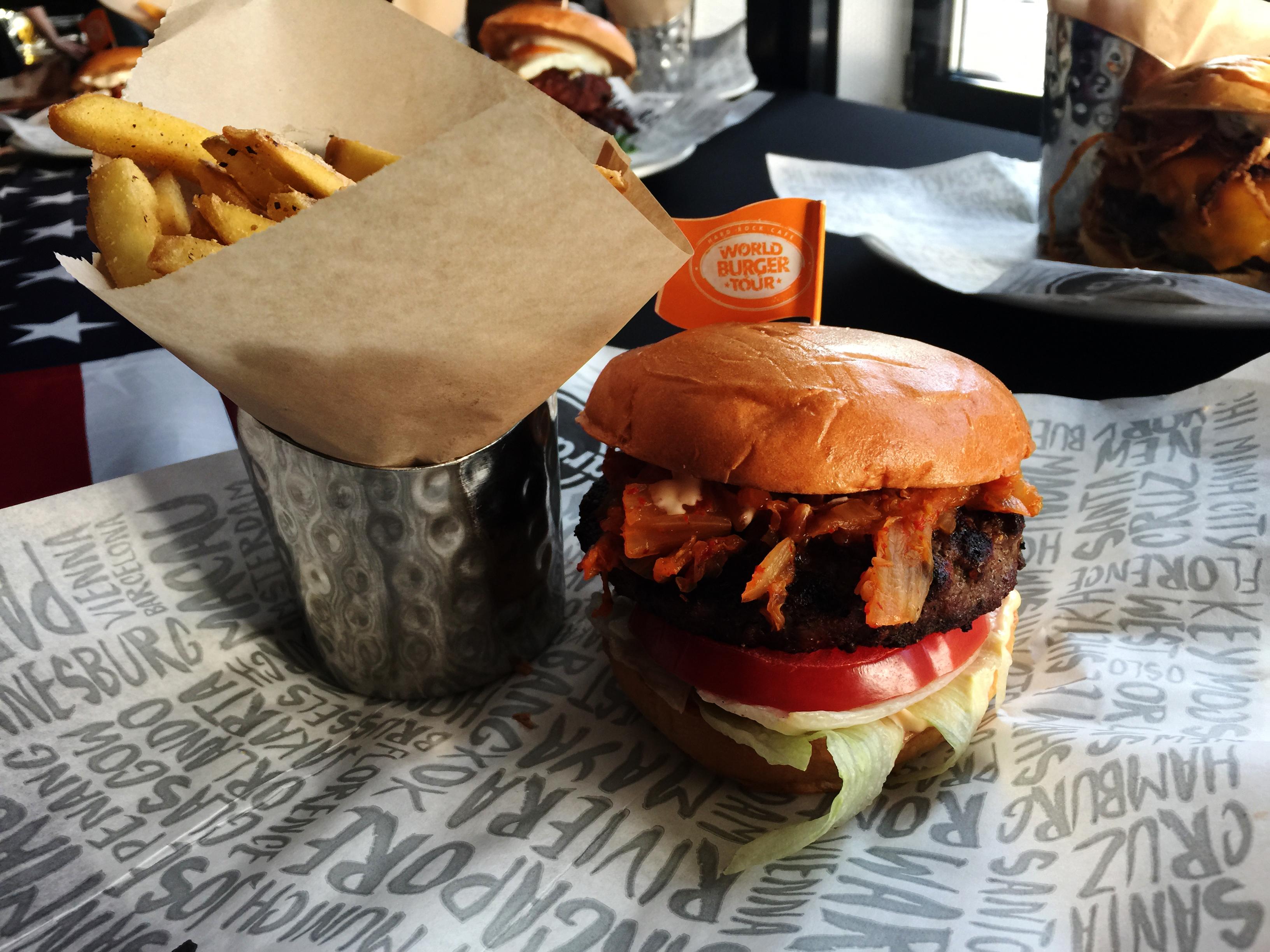 World Burger Tour 2017 im Hard Rock Cafe Berlin by http://babyrockmyday.com/hard-rock-cafe/