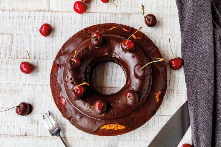 Kirsch Marmorkuchen // Cherry Marble Cake by http://babyrockmyday.com/kirsch-marmorkuchen/