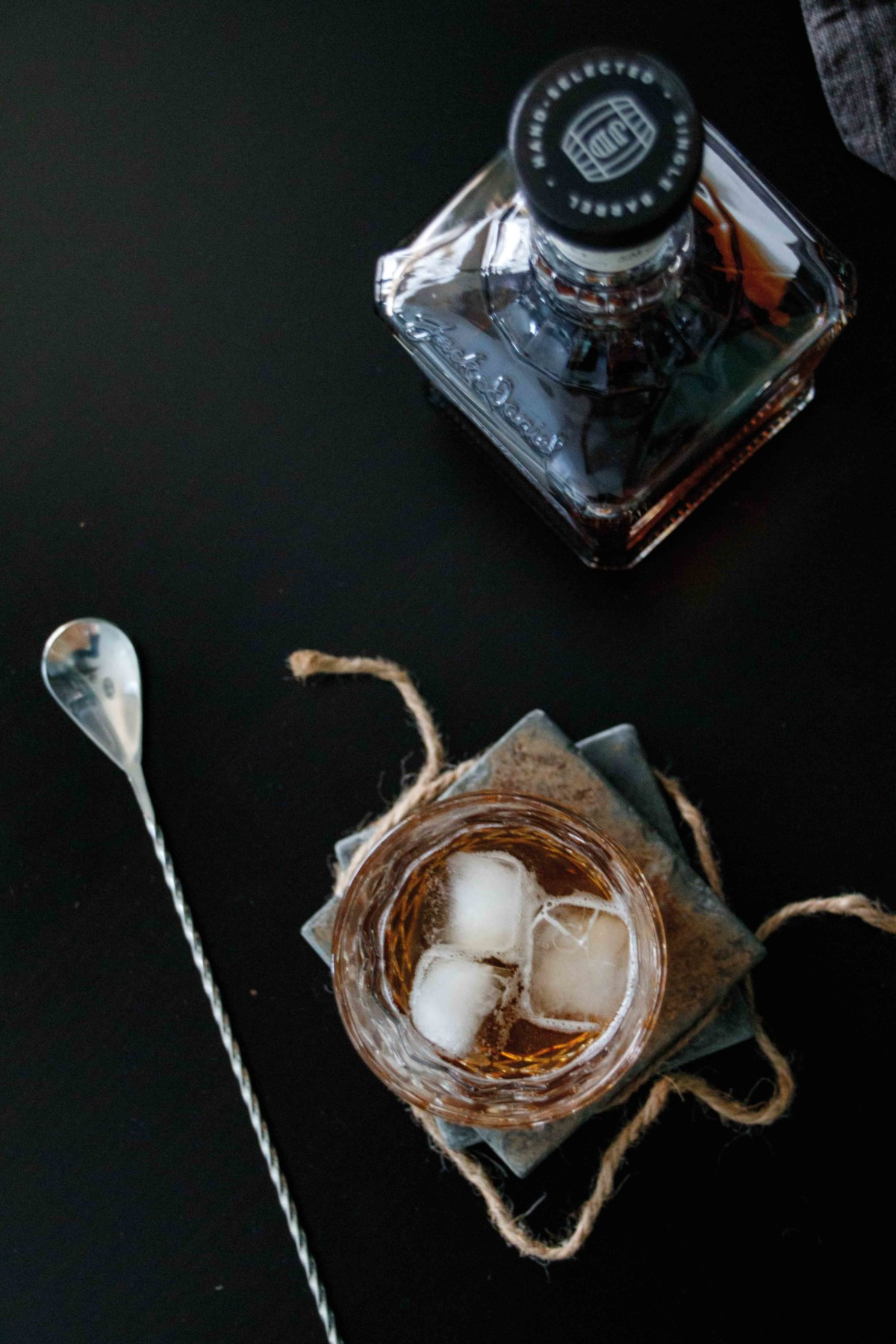 Drinks outside the box - Whiskey New Fashioned mit Jack Daniel´s Single Barrel by http://babyrockmyday.com/whiskey-new-fashioned/