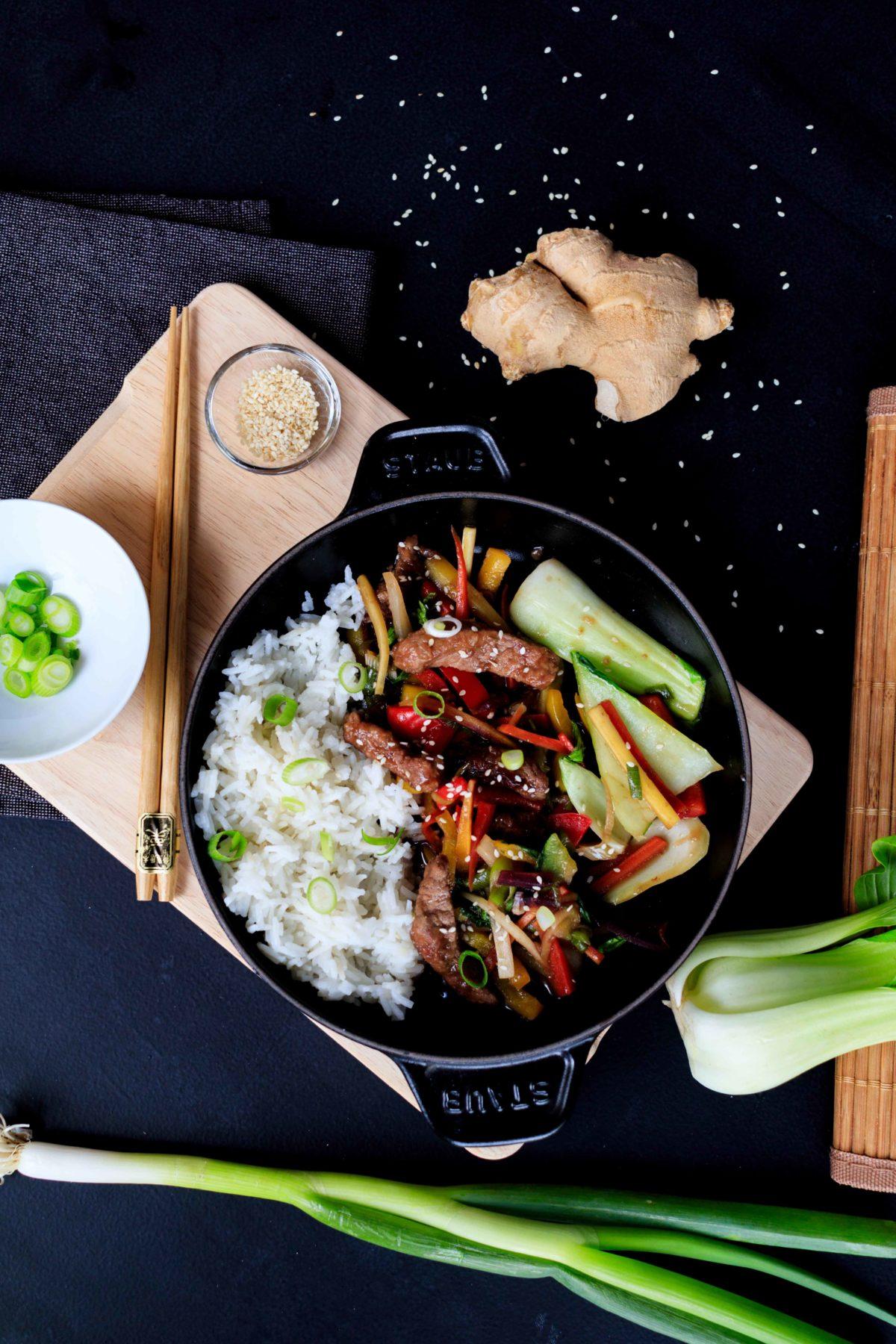 Mongolische Gemüsepfanne mit Rindfleisch // Mongolian Beef and vegetables by http://babyrockmyday.com/mongolische-gemuesepfanne-mit-rindfleisch/