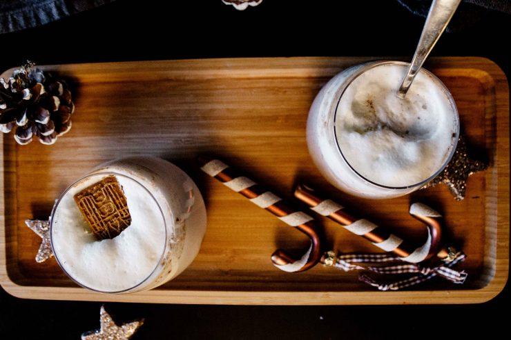 Tipps für Weihnachten: Heiße Milch mit Schokolade // Hot Chocolate by http://babyrockmyday.com/heisse-milch-mit-schokolade/