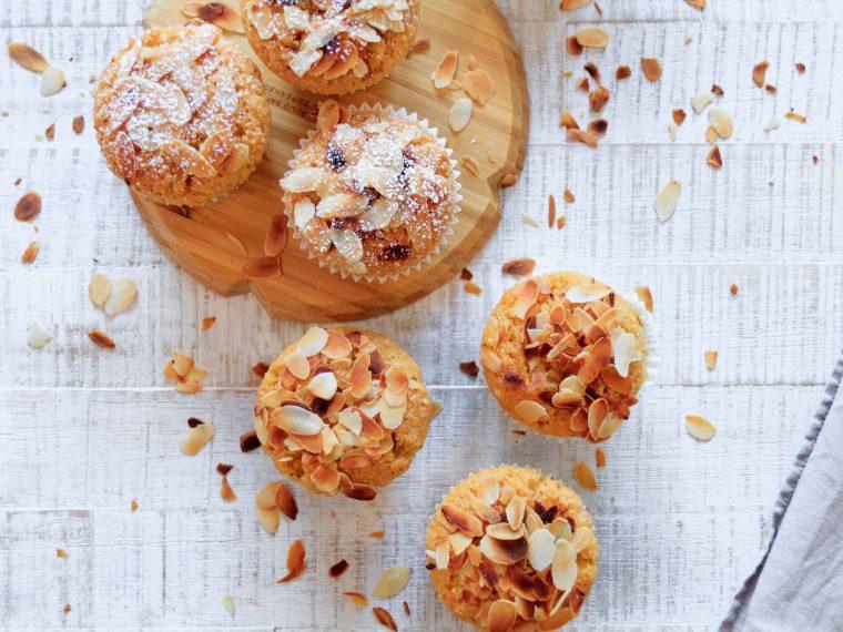 Polenta Muffins mit Zitrone und Mandel // Polenta Muffins with Lemon and almond by http://babyrockmyday.com/polenta-muffins/