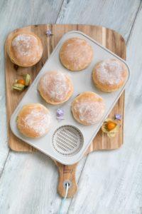 Blitzbrötchen für euren Frühstückstisch //Quick and easy breakfast buns by http://babyrockmyday.com/blitzbroetchen/