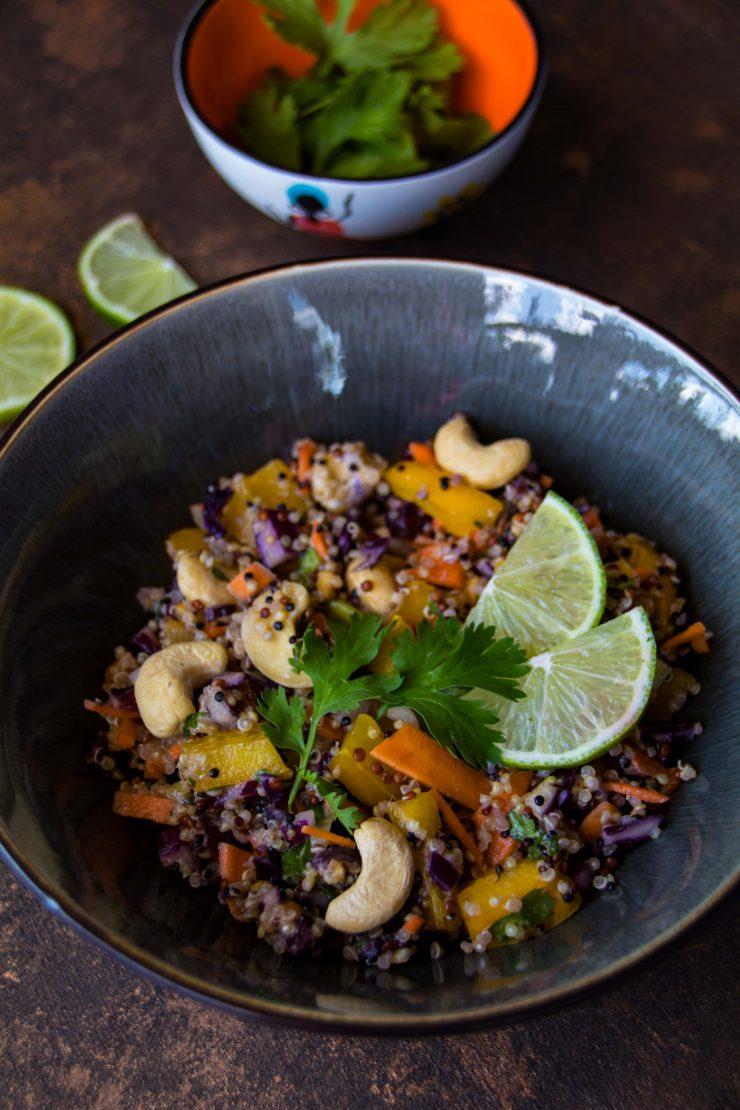 Thai Quinoa Salat // Thai Quinoa Salad by http://babyrockmyday.com/thai-quinoa-salat/