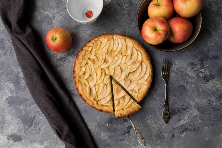 Apfel Mandel Tarte // Apple Almond Tarte by http://babyrockmyday.com/apfel-mandel-tarte/ 