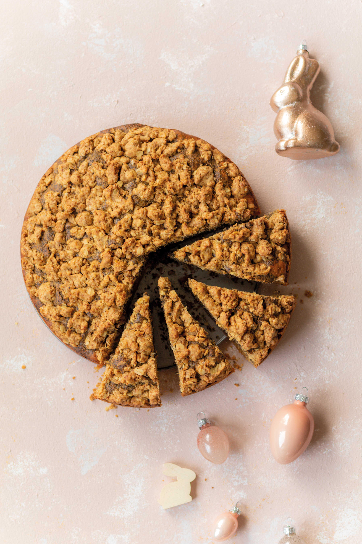 Orangen-Mohn-Streuselkuchen mit Tonkabohne // Orange and Poppy Seed Crumble Cake by https://babyrockmyday.com/orangen-mohn-streuselkuchen/
