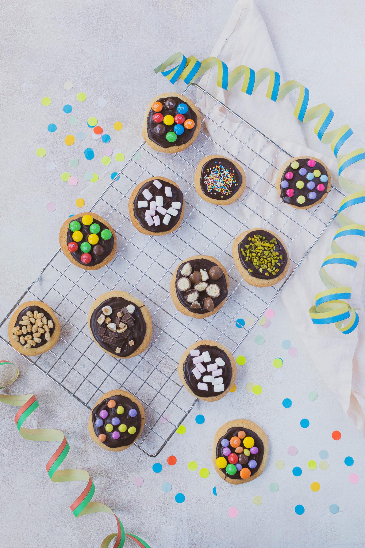 Geneva Faschings Cookies / Geneva Kids Cookies by https://babyrockmyday.com/geneva-faschings-cookies/