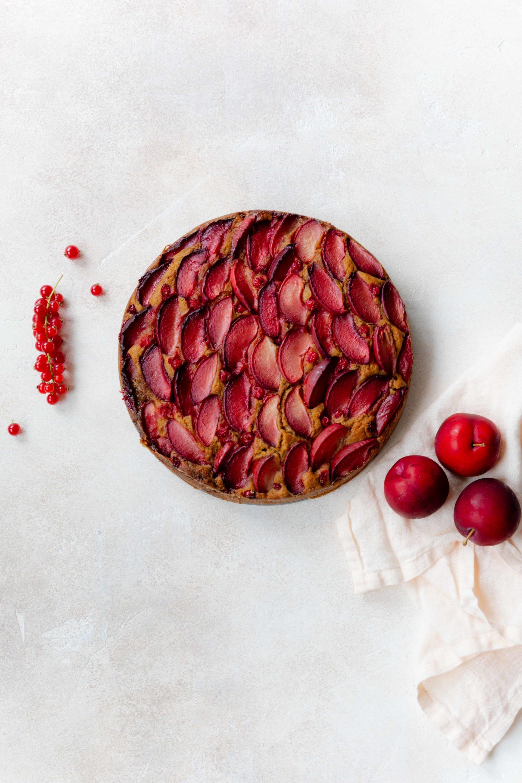 Pflaumenkuchen mit Ricotta // Plum Ricotta Cake by https://babyrockmyday.com/pflaumenkuchen-mit-ricotta